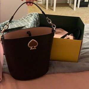 BRAND NEW kate space suzy small bucket bag